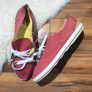 💎 G.H. Bass Red Canvas Deck Shoes Size 9M NWOB